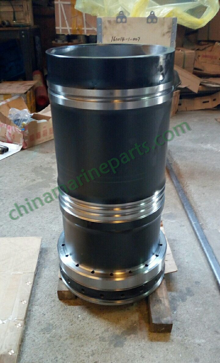 YANMAR 8N330 EN ENGINE PARTS 132654-01172 CYLINDER LINER
